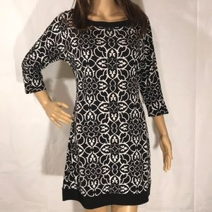 White House Black Market 3/4 Sleeve Dress Size XS